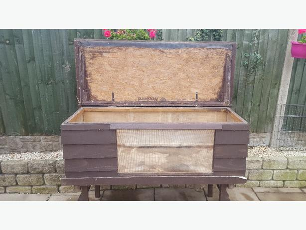 XXL Rabbit hutch**reduced