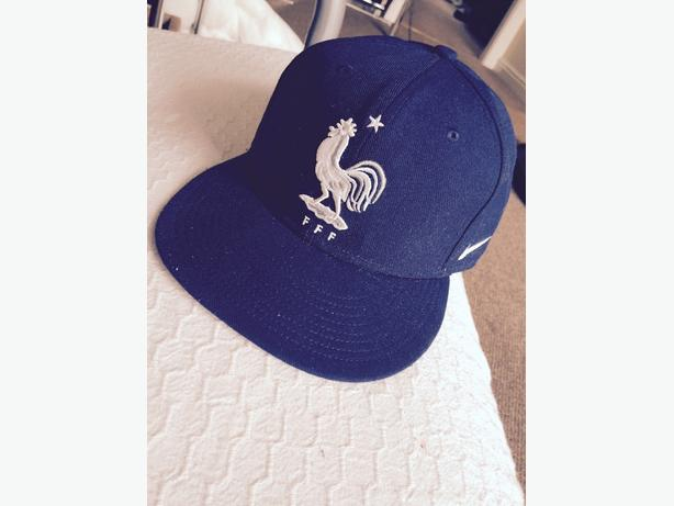 Nike True Snapback limited french edition