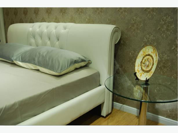 Designer french beds