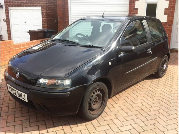Fiat Punto 2002 1.2 Petrol, 3 Door Hatchback, Black, Great First Car £550