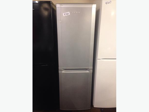 SILVER BEKO FRIDGE FREEZER012