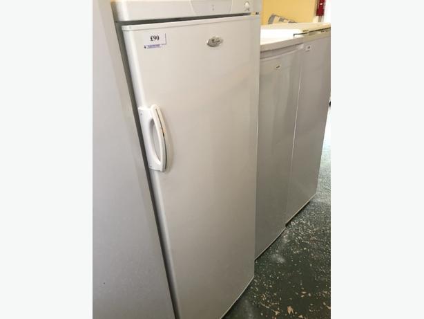 👍👍lovey whirlpool larder fridge clean