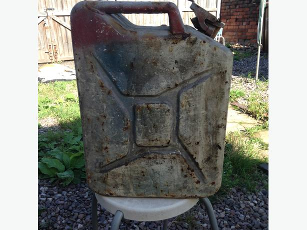 Vintage Oil can dated 1953-8 imperial gallons