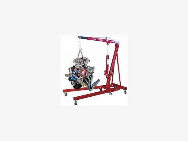 FOR TRADE: engine crane hire