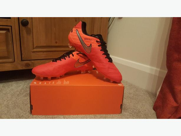 Nike Tiempo Legend ACC Football Boots Uk 9 / 8.5 BNIB