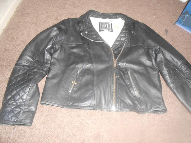 GIRLS RIVER ISLAND REAL LEATHER JACKET  AGE 11 TO 12 YEARS