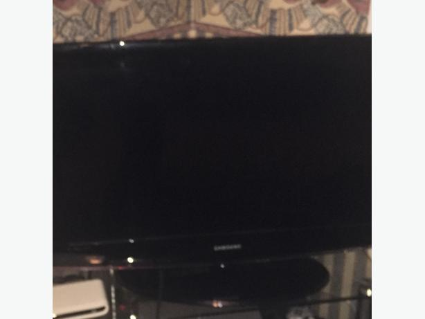 32inch Samsung TV for sale £90 ONO quick sale
