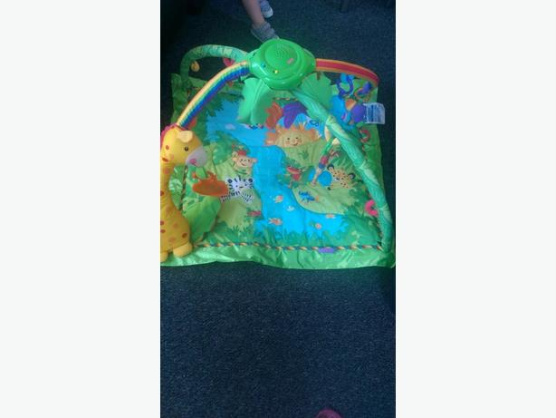 playmat - fisherprice