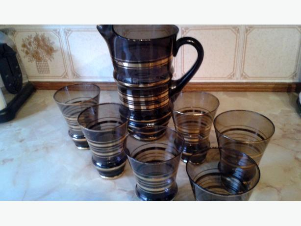 vintage glass jug & 6 glasses