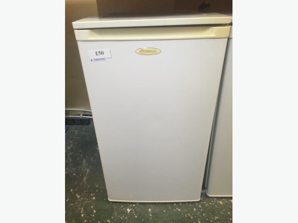 ☀️☀️sovereign fridge all working