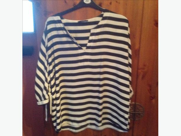 Modern grey and black stripe top size 20 hardly worn