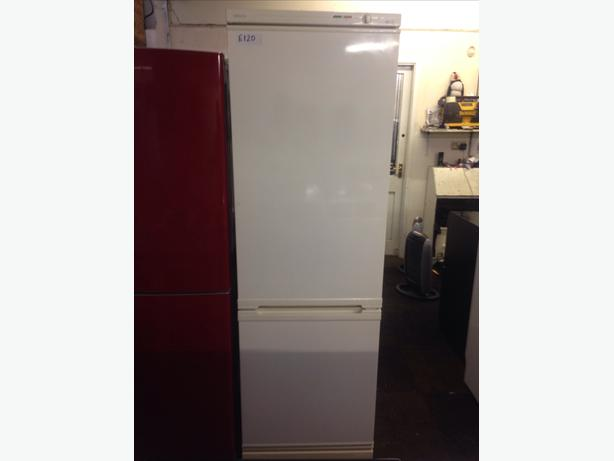 BEKO FRIDGE FREEZER03
