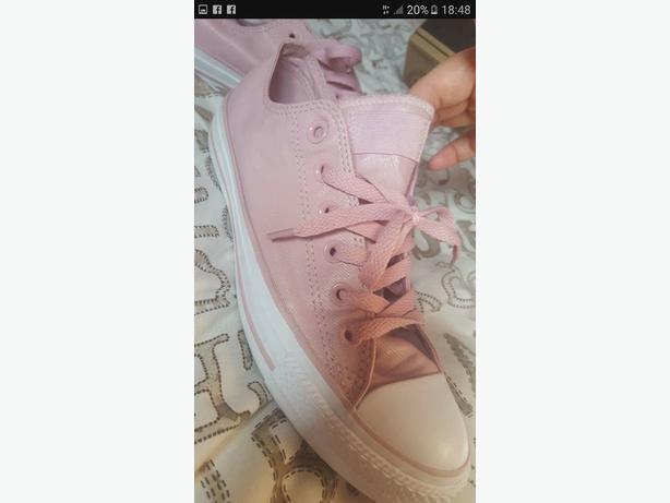 Original pink converse £40 ono