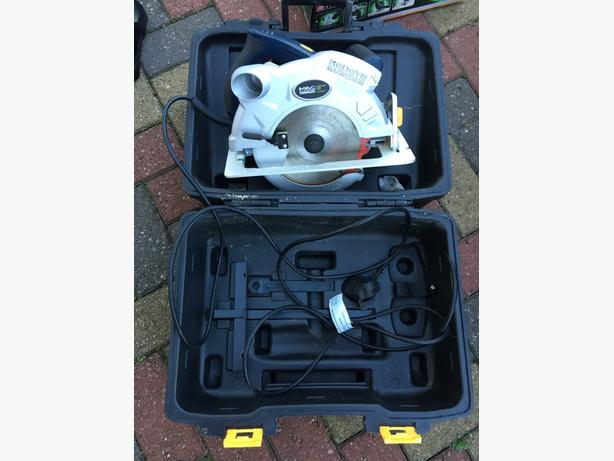 Mac Allister 2000w circular saw, Box, Fully working. NO OFFERS OR TIME WASTERS