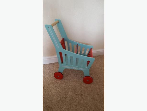 gltc wooden trolley