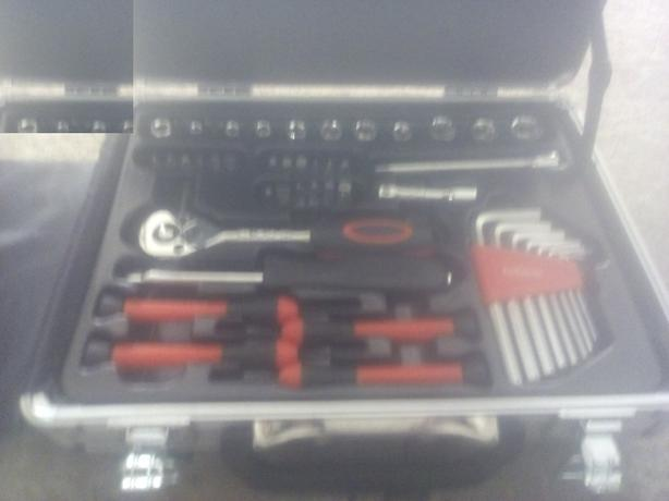 halfords tools set new
