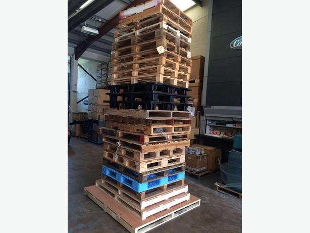 FREE: Assorted Pallets. Collection Only