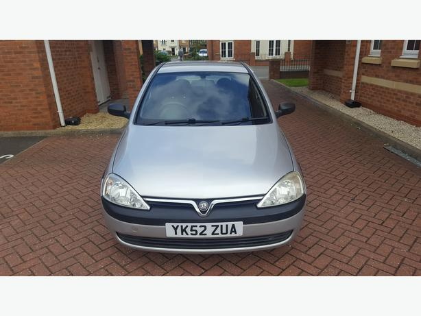 2003  Corsa 1.0 Litre Long MOT 11 Service stamps Timing chain changed at 91k