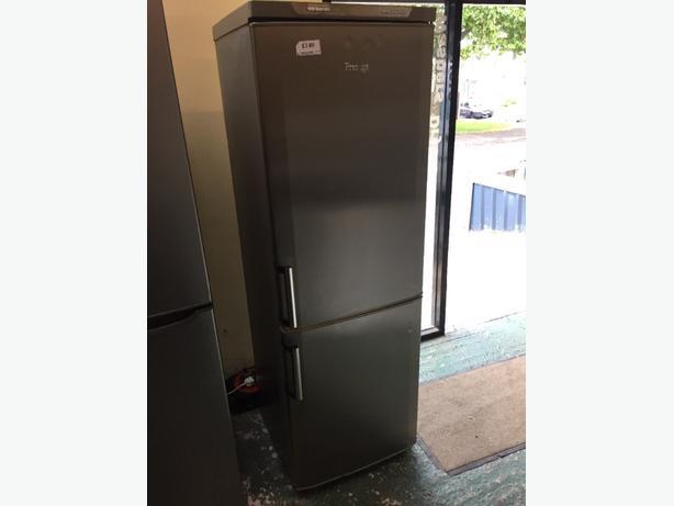 👍👍prestige fridgefreezer cal 01902 863838