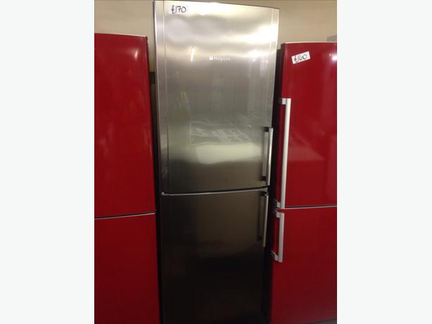 STAINLESS STEEL HOTPOINT FRIDGE FREEZER03