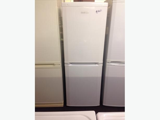 BEKO WHITE FRIDGE FREEZER09