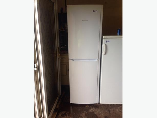 WHITE HOTPOINT FRIDGE FREEZER03