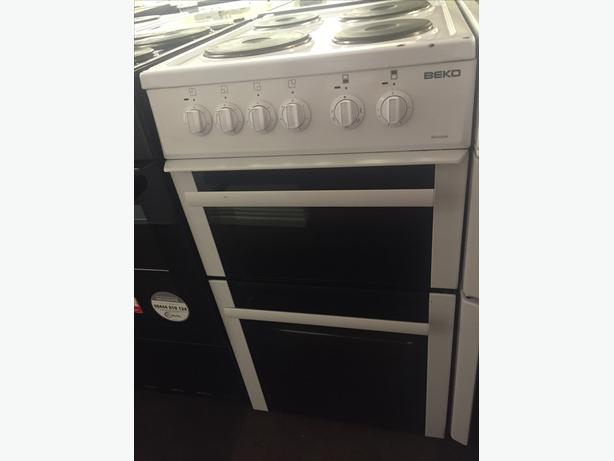GREAT CONDITION 50 CM WIDE ELECTRIC COOKER WITH GUARANTEE