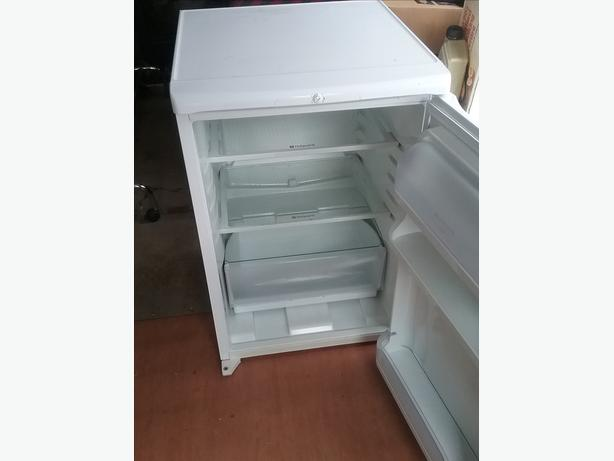 Fridge and gas cooker