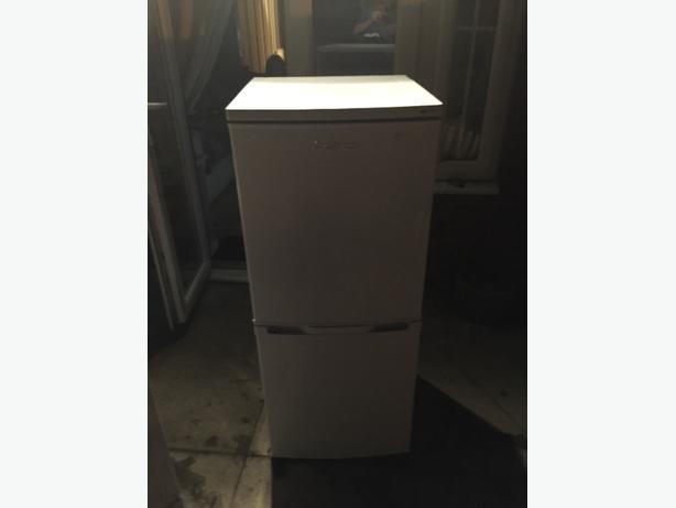 lec fridge freezer