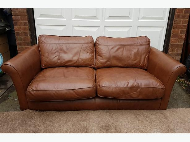 Leather sofa 2 seater good clean condition