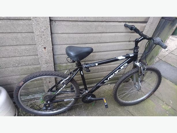 viking Victor adults 21 speed mountain bike with wide boy saddle