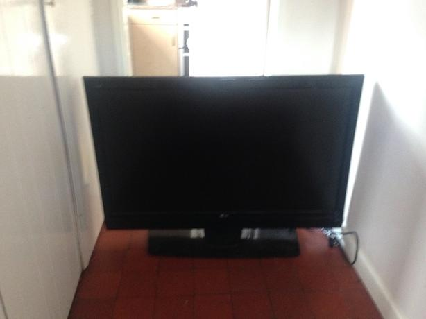 "47-50"" LG TV"