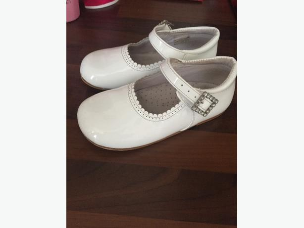 girls white pretty original shoes
