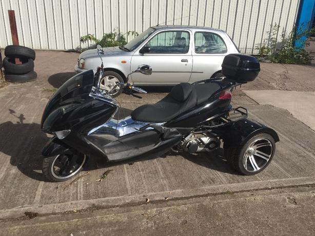trike , motorbike , towing vehicle