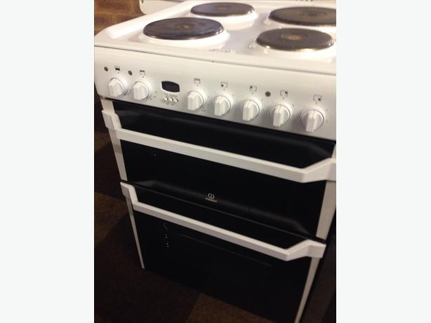 60CM INDESIT ELECTRIC COOKER060