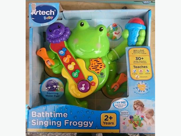 Bathtime singing frog toy