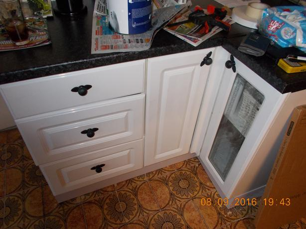 White High Gloss Kitchen Unit Doors Reduced Bloxwich Sandwell Mobile