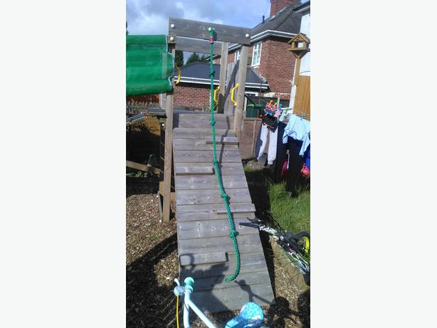 Jungle gym play frame