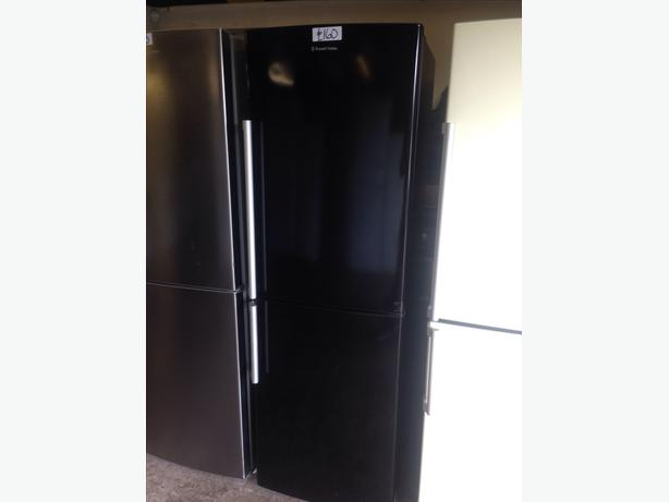 BLACK RUSSELL HOBBS FRIDGE FREEZER047