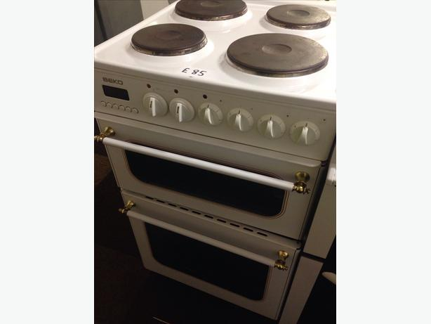 BEKO PLATED TOP DOUBLE OVEN ELECTRIC COOKER30