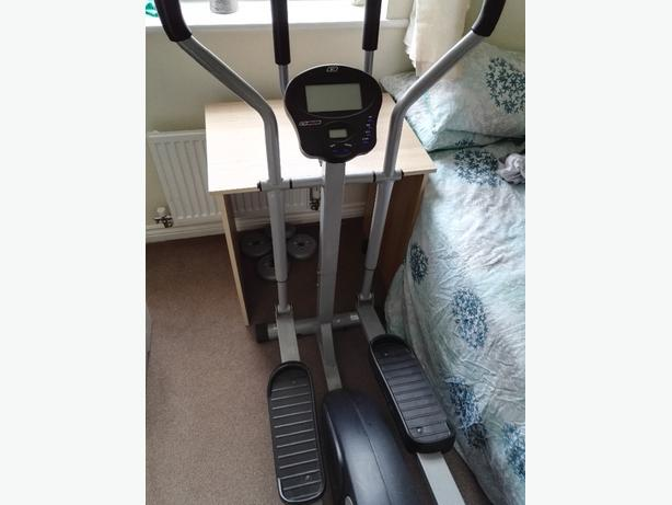 Reebok Cross Trainer with Heart Monitor