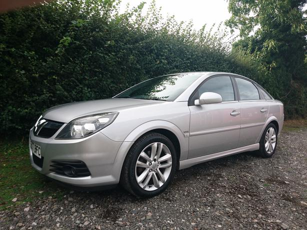 "2007, 07 Reg Vauxhall Vectra 1.8vvt SRI facelift low miles aircon 17"" alloys"