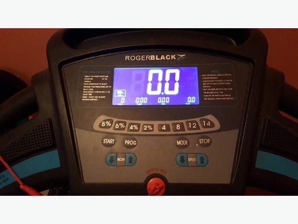 Roget Black Fitness Treadmill