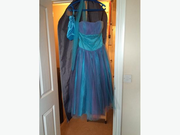 primary school prom or party dress