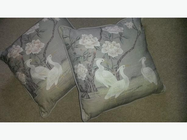 2 Brand new Cushions for sale