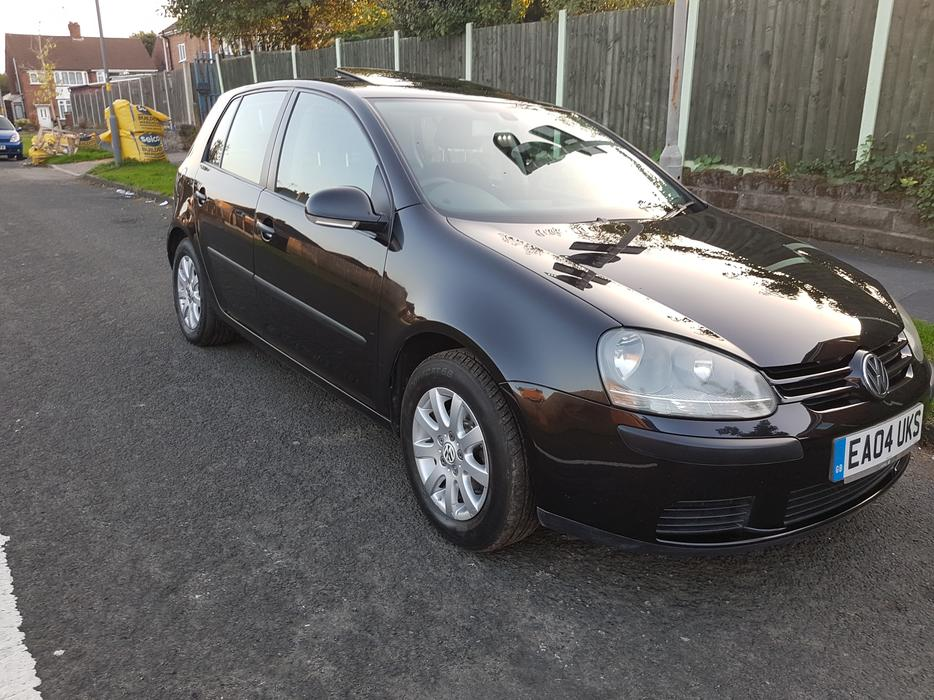 vw golf 1 6 fsi 5 door 2004 mk5 black halesowen dudley. Black Bedroom Furniture Sets. Home Design Ideas