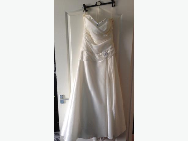 Hilary Morgon wedding dress 12/14