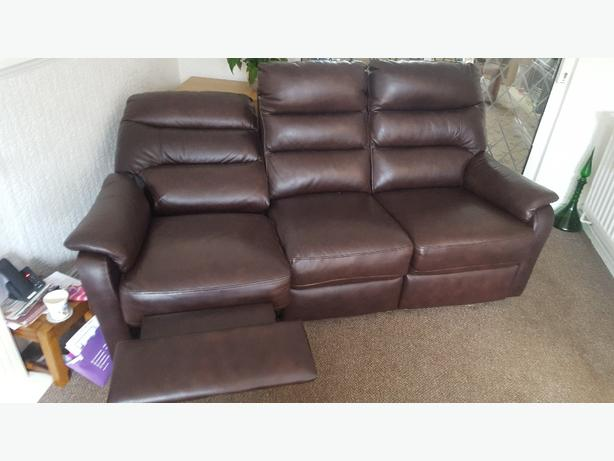 Electric Reclining 3 seater leather sofa