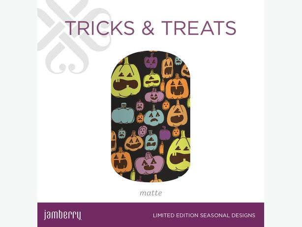Halloween and seasonal nail wraps from berry to the max