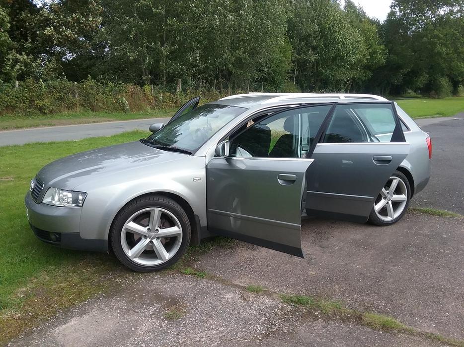 Audi A4 2 0 Se Auto Estate Kingswinford Wolverhampton